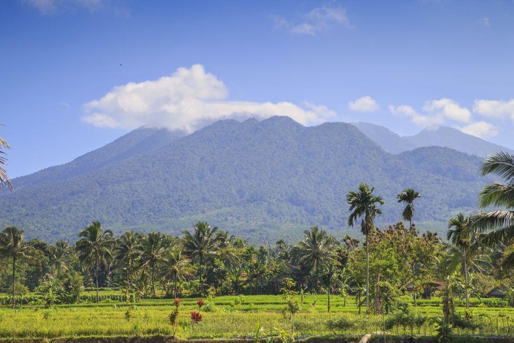 西ジャワのガルングン山